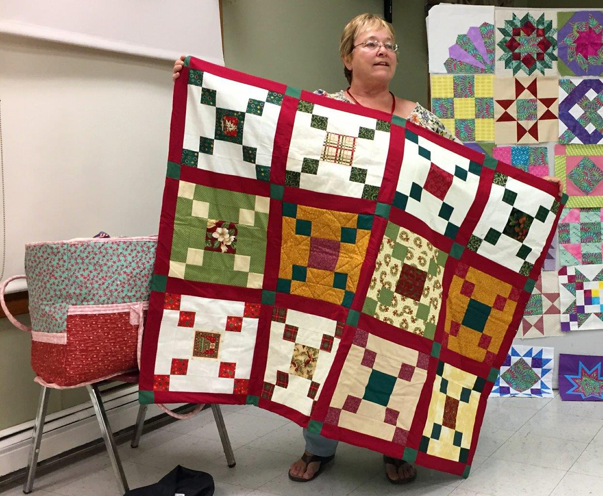 Laurel's Holiday Quilt and Mary Poppins Bag