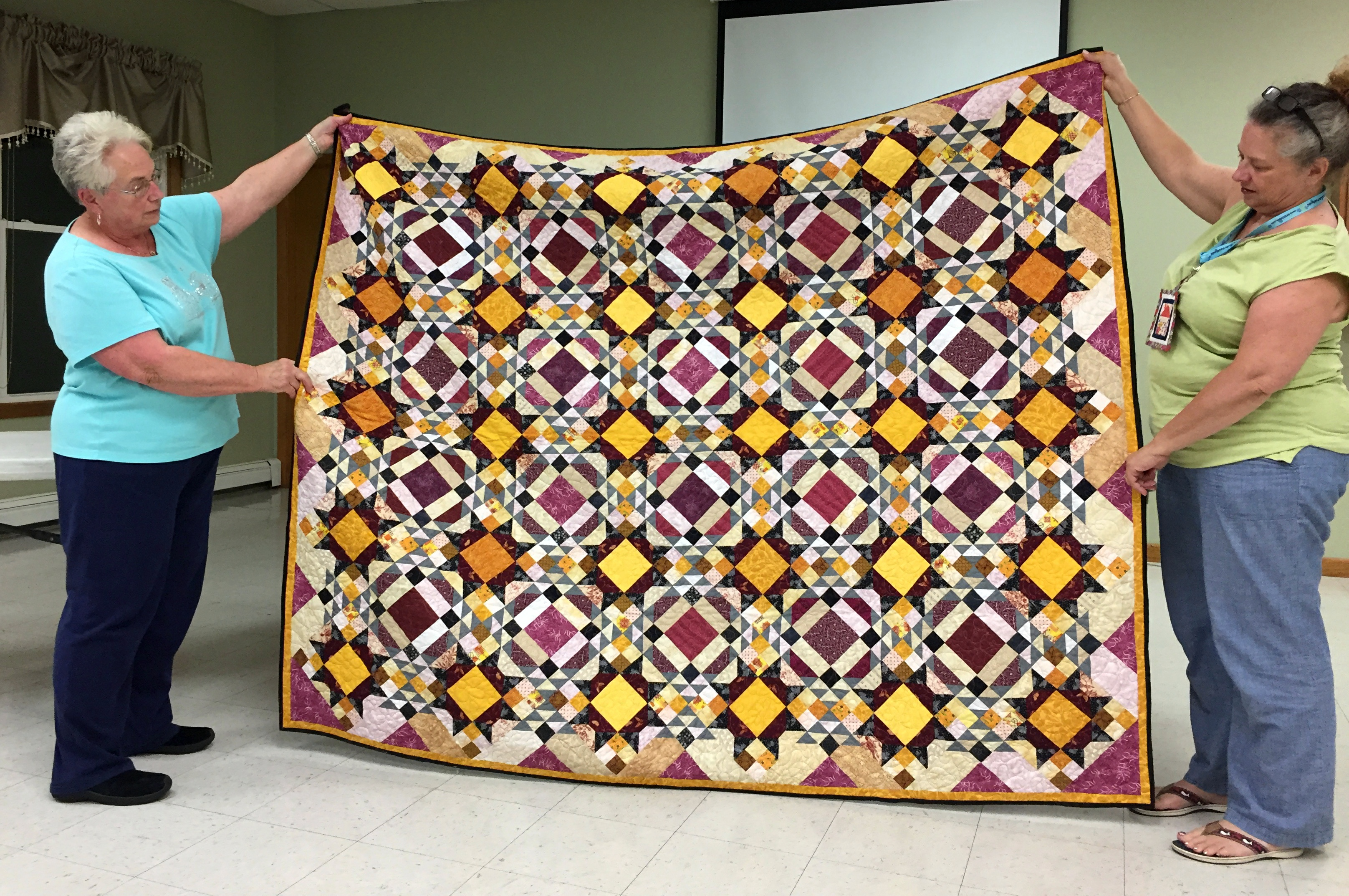 Joanne's Bonnie Hunter Mystery Quilt